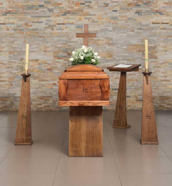 Funeraria Hogar de Cristo Plan 100 Estandar Pino Lisa